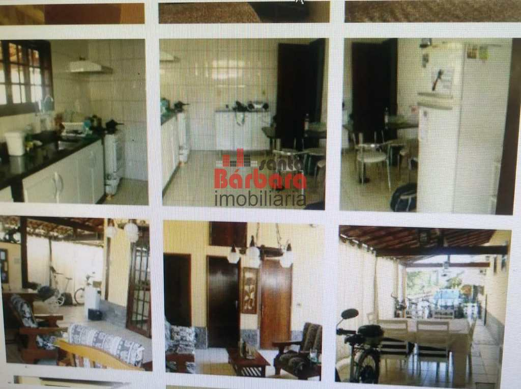 Casa em Niterói, no bairro Badu