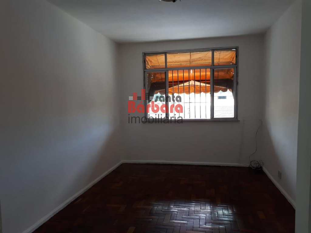 Apartamento em São Gonçalo, no bairro Rocha