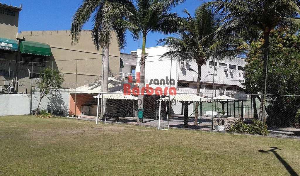 Terreno em Niterói, bairro Piratininga
