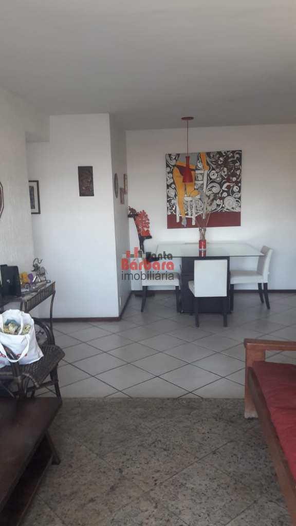 Apartamento em Niterói, no bairro Santa Rosa
