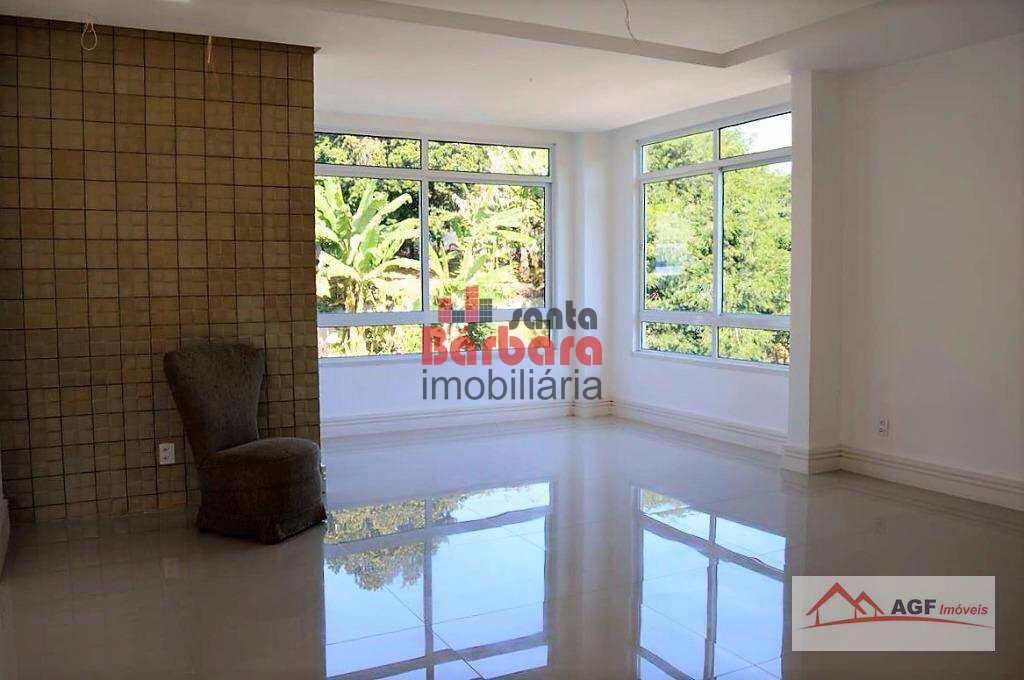Casa em Niterói, no bairro Pendotiba
