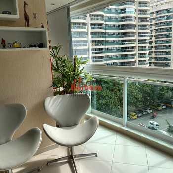 Apartamento em Rio de Janeiro, bairro Barra da Tijuca