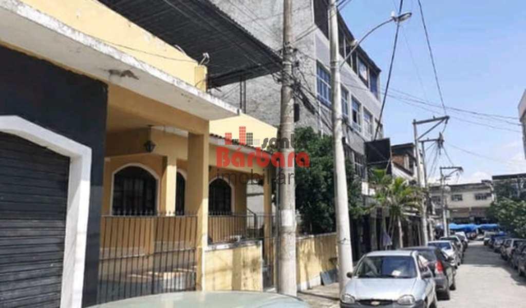 Casa Comercial em São Gonçalo, bairro Alcântara