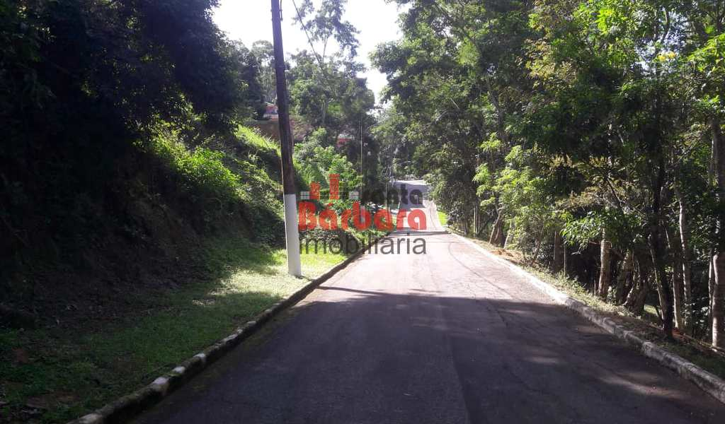 Terreno em Niterói, bairro Rio do Ouro