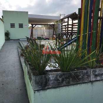 Apartamento em São Gonçalo, bairro Tribobó
