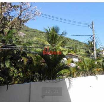 Apartamento em Niterói, bairro Itacoatiara