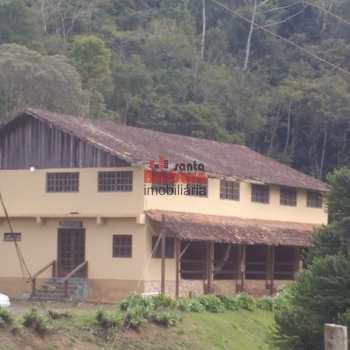 Sítio em Nova Friburgo, bairro São Pedro da Serra