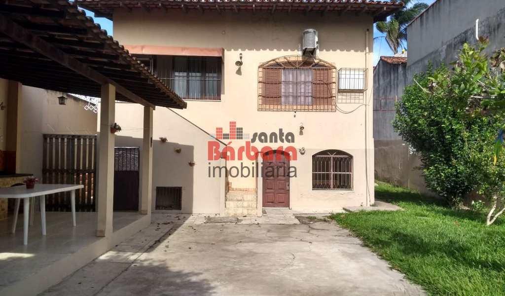 Casa em Araruama, bairro Rio do Limão