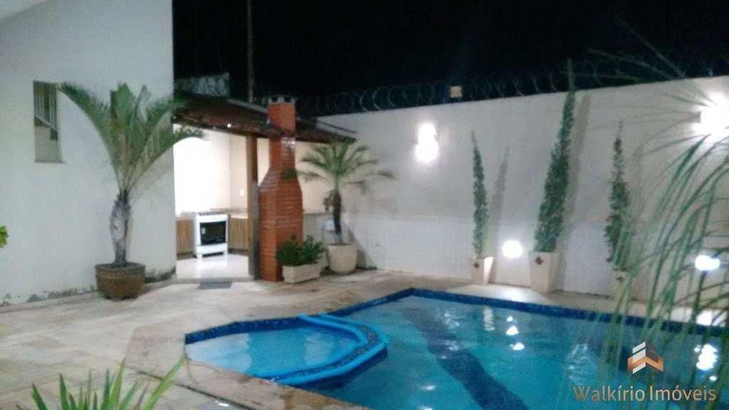 Casa em Governador Valadares, no bairro Grã-Duquesa