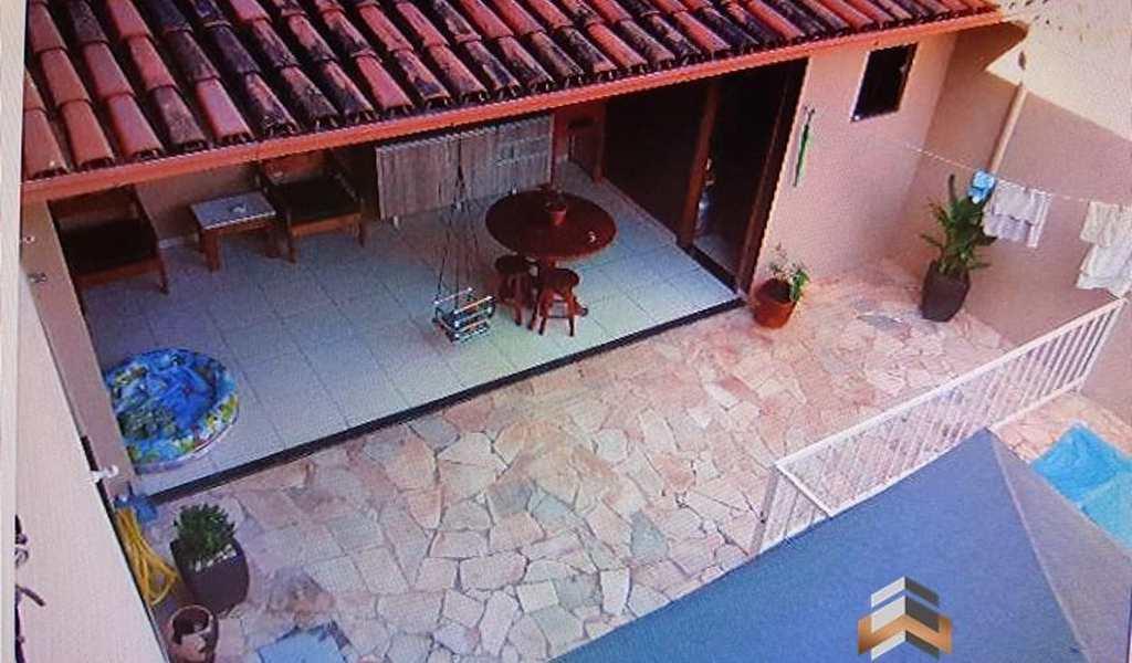 Casa em Governador Valadares, bairro Lagoa Santa