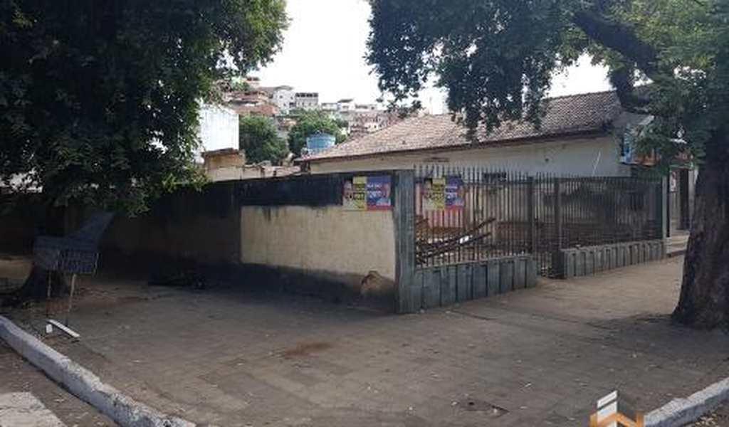 Terreno em Governador Valadares, bairro Esplanada