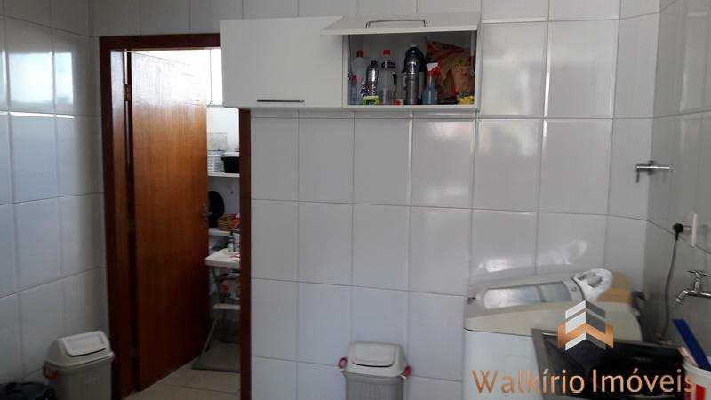 Casa em Governador Valadares, no bairro Cidade Nova