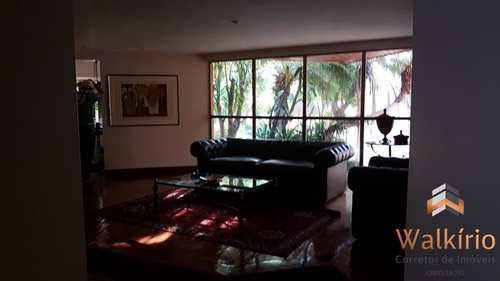 Apartamento, código 102 em Governador Valadares, bairro Centro