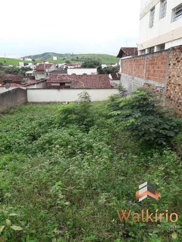 Terreno, código 104 em Governador Valadares, bairro Grã-Duquesa