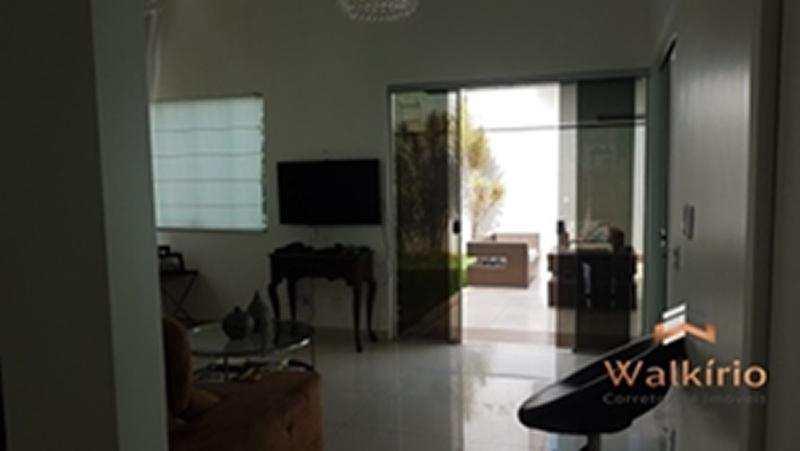 Casa em Governador Valadares, no bairro Belle Vue