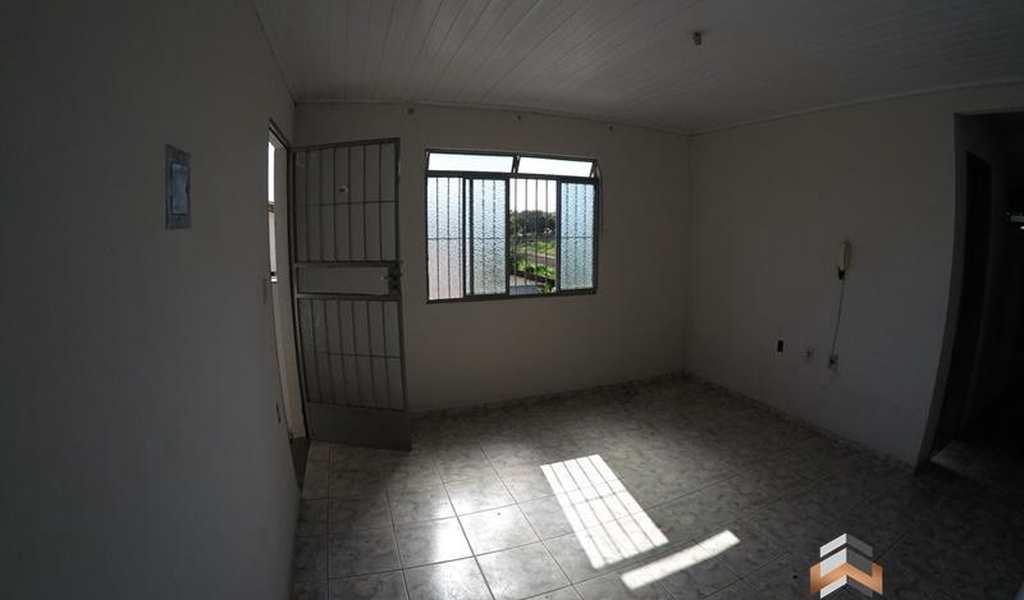 Apartamento em Governador Valadares, bairro Floresta
