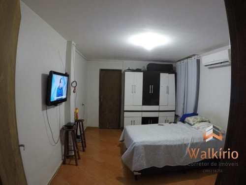 Apartamento, código 152 em Governador Valadares, bairro Ilha dos Araújos