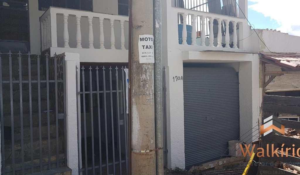 Casa em Governador Valadares, bairro Grã-Duquesa