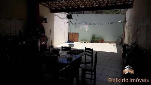 Casa, código 193 em Governador Valadares, bairro Lourdes