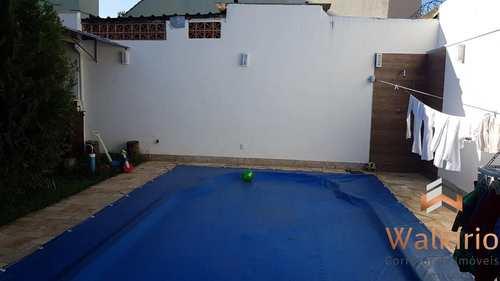 Casa, código 209 em Governador Valadares, bairro Ilha dos Araújos
