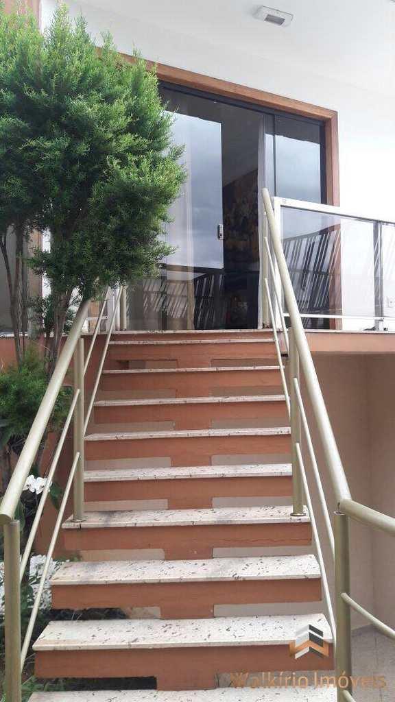 Casa em Governador Valadares, no bairro Vila Bretas