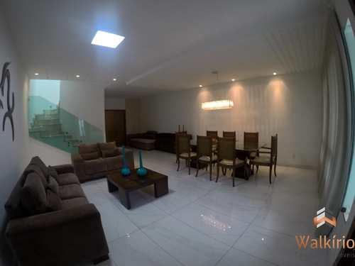 Casa, código 233 em Governador Valadares, bairro Santo Agostinho