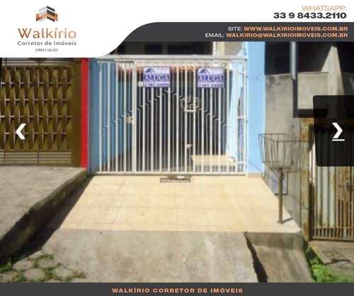 Casa, código 239 em Governador Valadares, bairro Morada do Vale