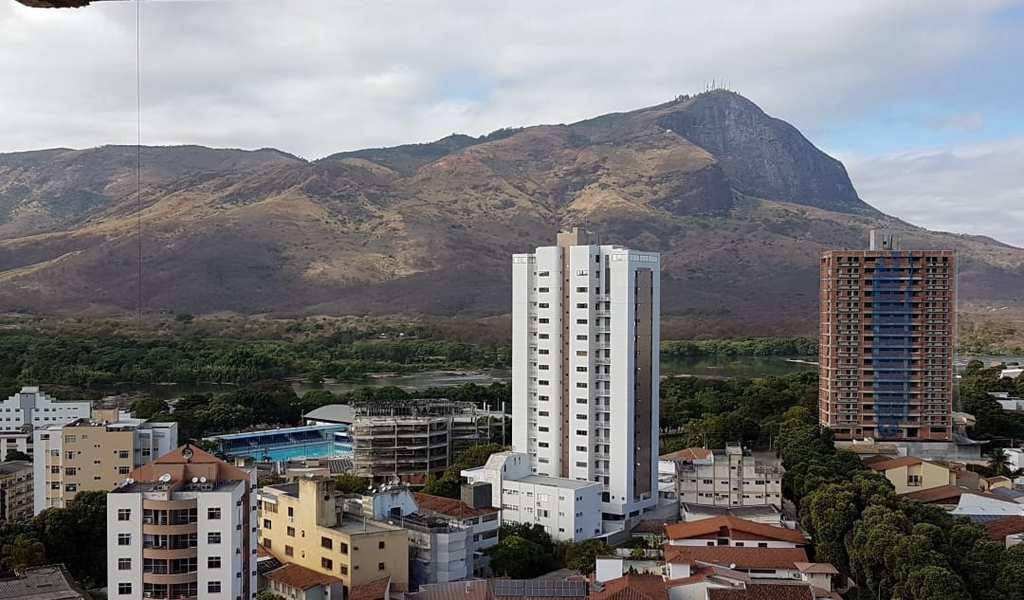Apartamento em Governador Valadares, bairro Esplanada