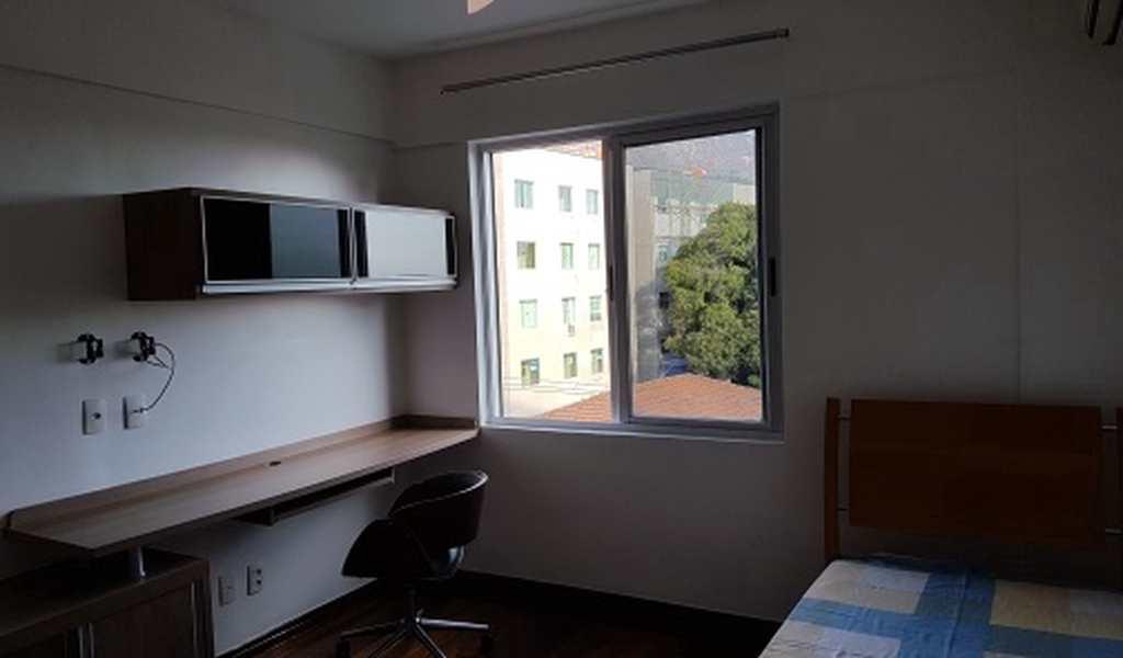 Apartamento em Governador Valadares, bairro Centro