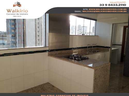 Apartamento, código 258 em Governador Valadares, bairro Centro
