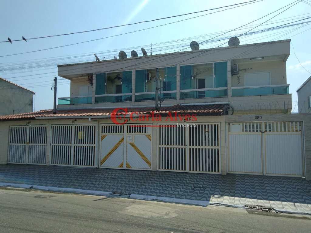Sobrado em Praia Grande, no bairro Samambaia