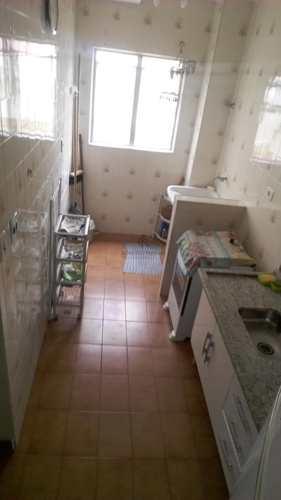 Apartamento, código 133 em Praia Grande, bairro Caiçara