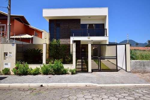 Casa, código 148 em Peruíbe, bairro Centro