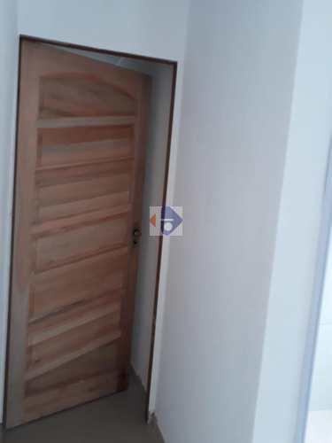 Casa, código 21 em Suzano, bairro Cidade Edson