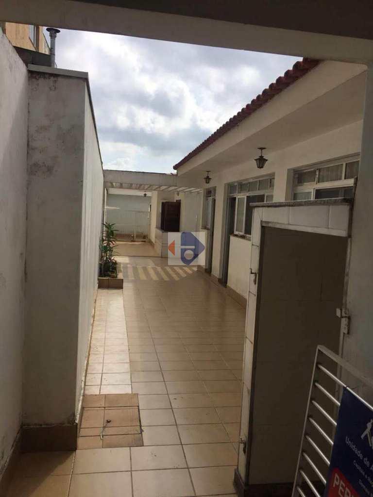 Casa em Suzano, no bairro Vila Costa