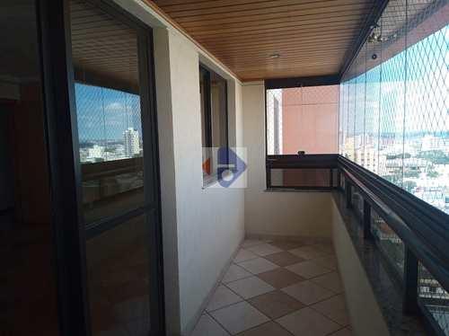 Apartamento, código 72 em Suzano, bairro Centro