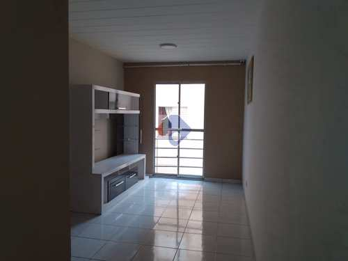 Apartamento, código 112 em Itaquaquecetuba, bairro Vila Monte Belo