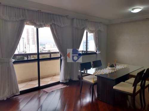 Apartamento, código 140 em Suzano, bairro Centro