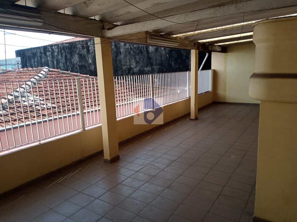 Casa em Suzano, no bairro Jardim Santa Helena