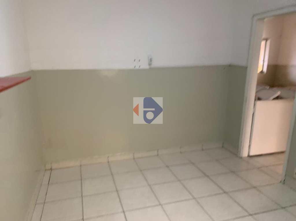 Sobrado Comercial em Suzano, no bairro Centro
