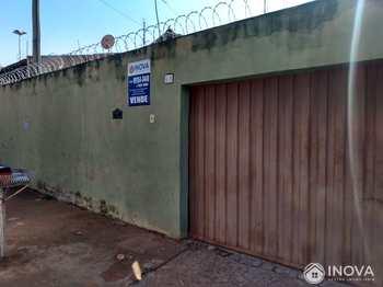 Casa, código 884 em Barretos, bairro São Salvador