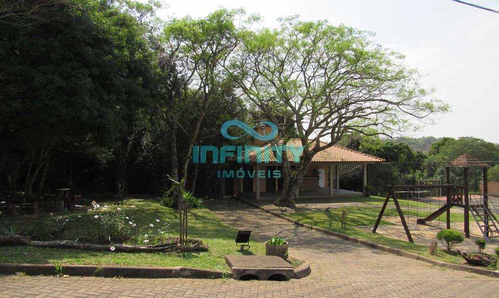 Condomínio em Gravataí, no bairro Villa Lucchesi