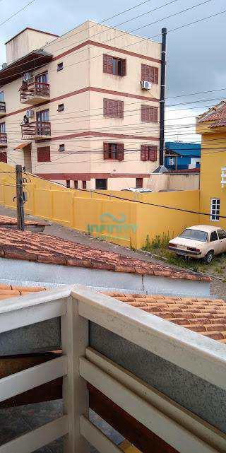 Sobrado de Condomínio em Gravataí, no bairro Santa Cruz