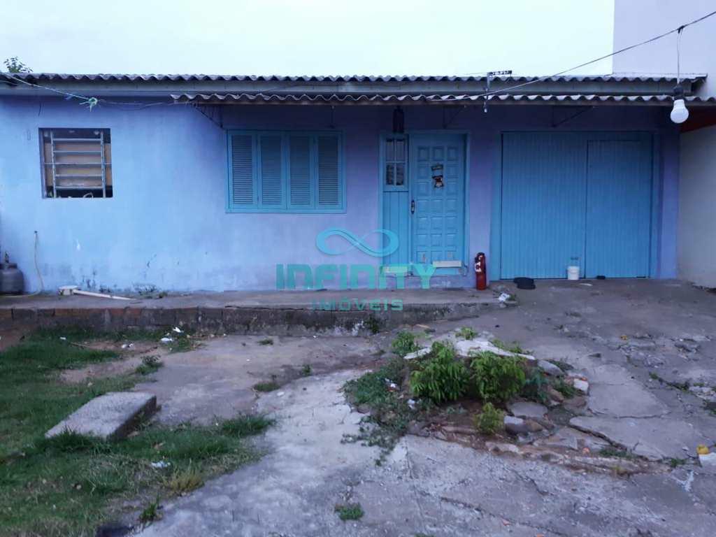 Casa em Gravataí, no bairro Altaville