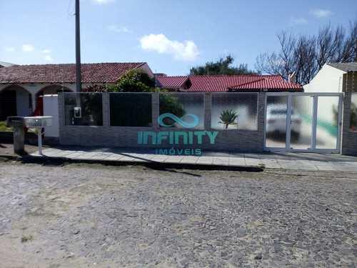 Casa, código 569 em Cidreira, bairro Centro