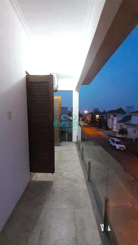 Sobrado de Condomínio em Gravataí, no bairro Reserva da Aldeia