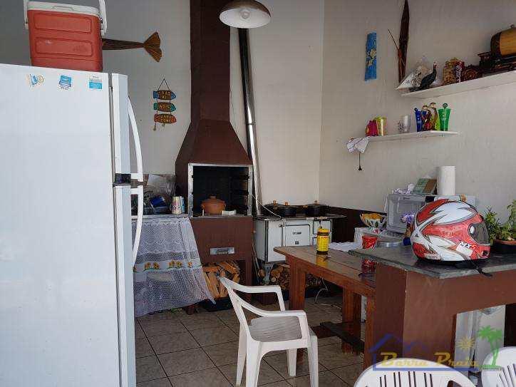 Sobrado em Peruíbe, no bairro Balneário Josedy