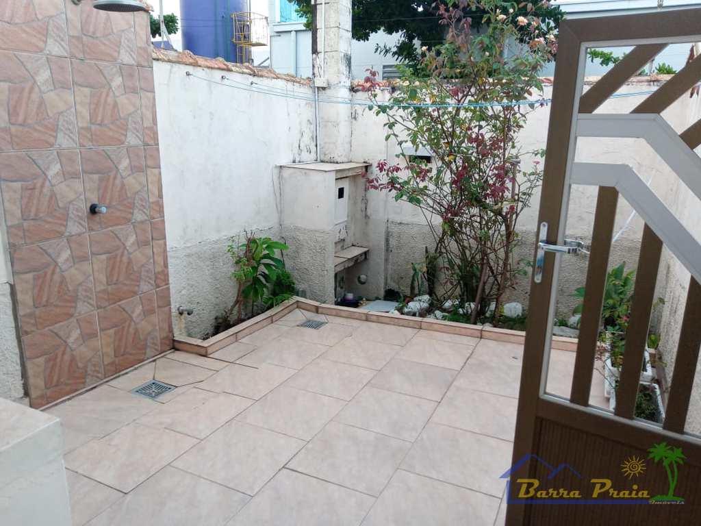 Casa em Peruíbe, no bairro Balneário Três Marias