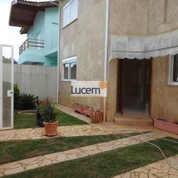 Casa em Águas de Lindóia, bairro Jardim Nova Lindoia