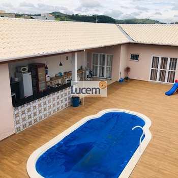 Casa em Monte Alegre do Sul, bairro Centro